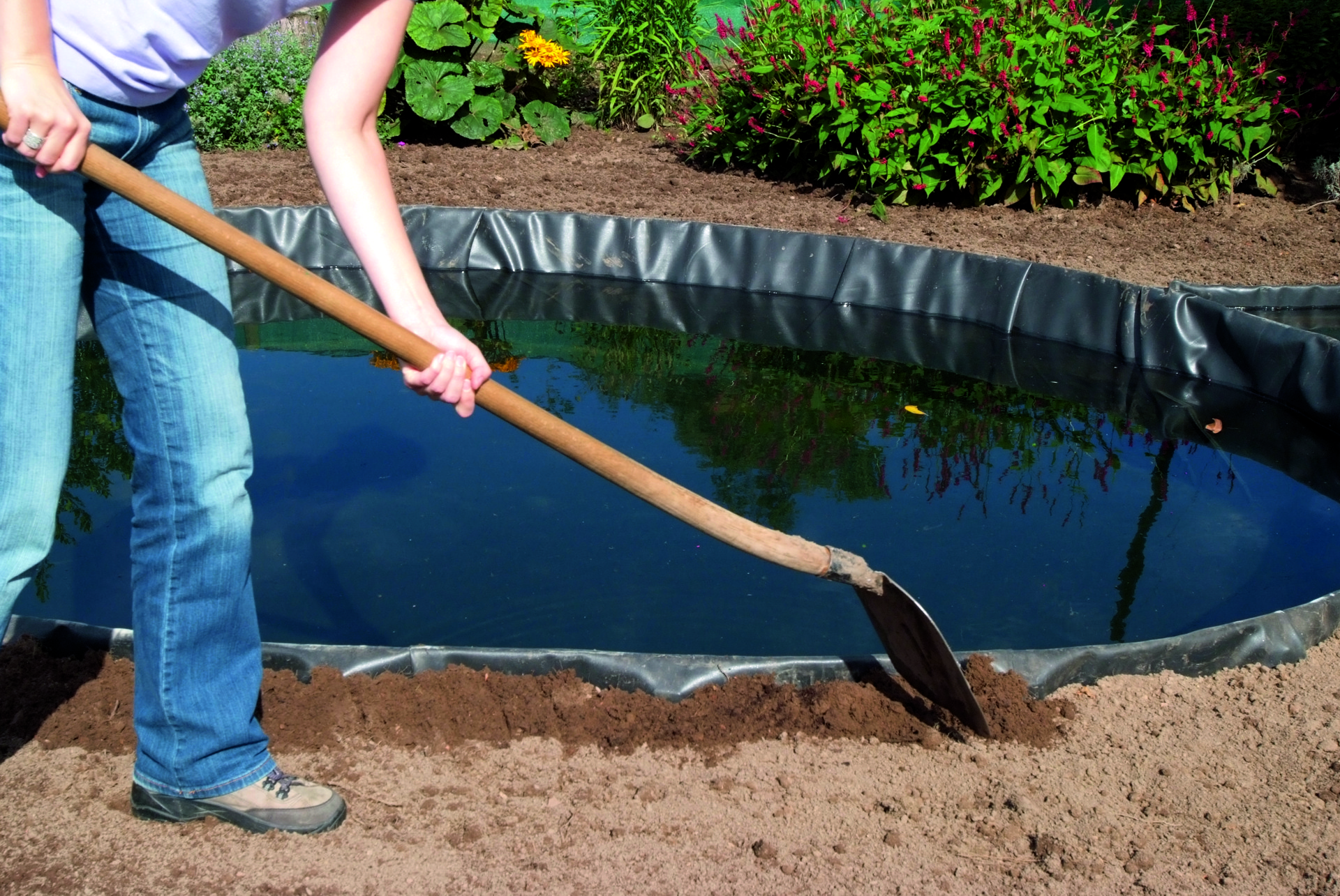 Step-4-Pond-edging-assembly