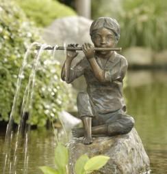 Rottenecker Sören Wasserspeiende Bronzefigur