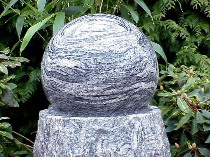 schwimmende kugel granit sand welle schwimmende kugel wasserspiele oase. Black Bedroom Furniture Sets. Home Design Ideas