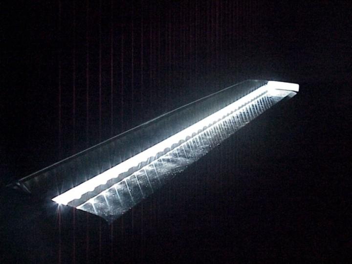Edelstahl wasserfall 60cm mit led beleuchtung edelstahl wasserfall edelstahl wasserspiele - Neyses gartenteiche ...