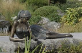 Rottenecker Klementine Wasserspeiende Bronzefigur