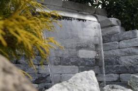 Edelstahl Wasserfall Virginia 90cm mit LED Beleuchtung